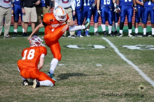 kicking a field goal attempt at 2012 border bowl